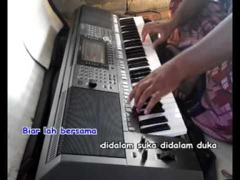 Birunya Cinta Karaoke Yamaha PSR - 480P.mp4