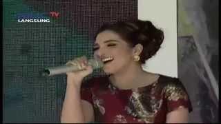 "Ashanti dan Aurel "" Hello Dangdut "" - 70get Agustusan (17/8)"
