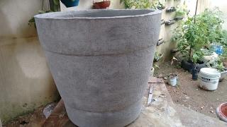 Como fazer Vaso grande de isopor e cimento