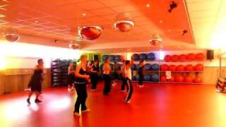 """Zumba With Ketut Edi """" keong racun """" by Lissa ( indonesian song )"""