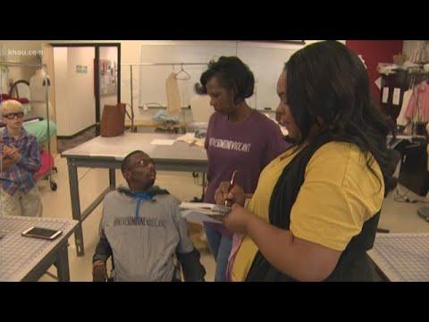 V Mornings - GOOD NEWS: Children w/ Disabilities Rock Runway at Halloween Fashion Show!