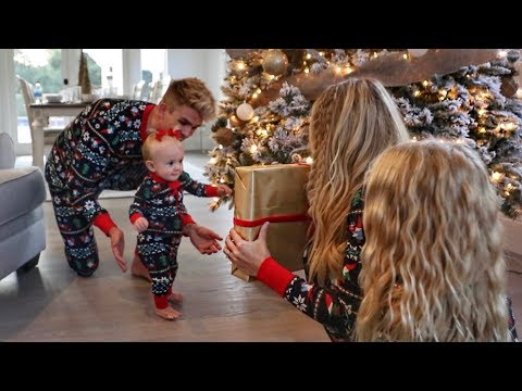the-labrant-family's-new-christmas-intro-video!!!