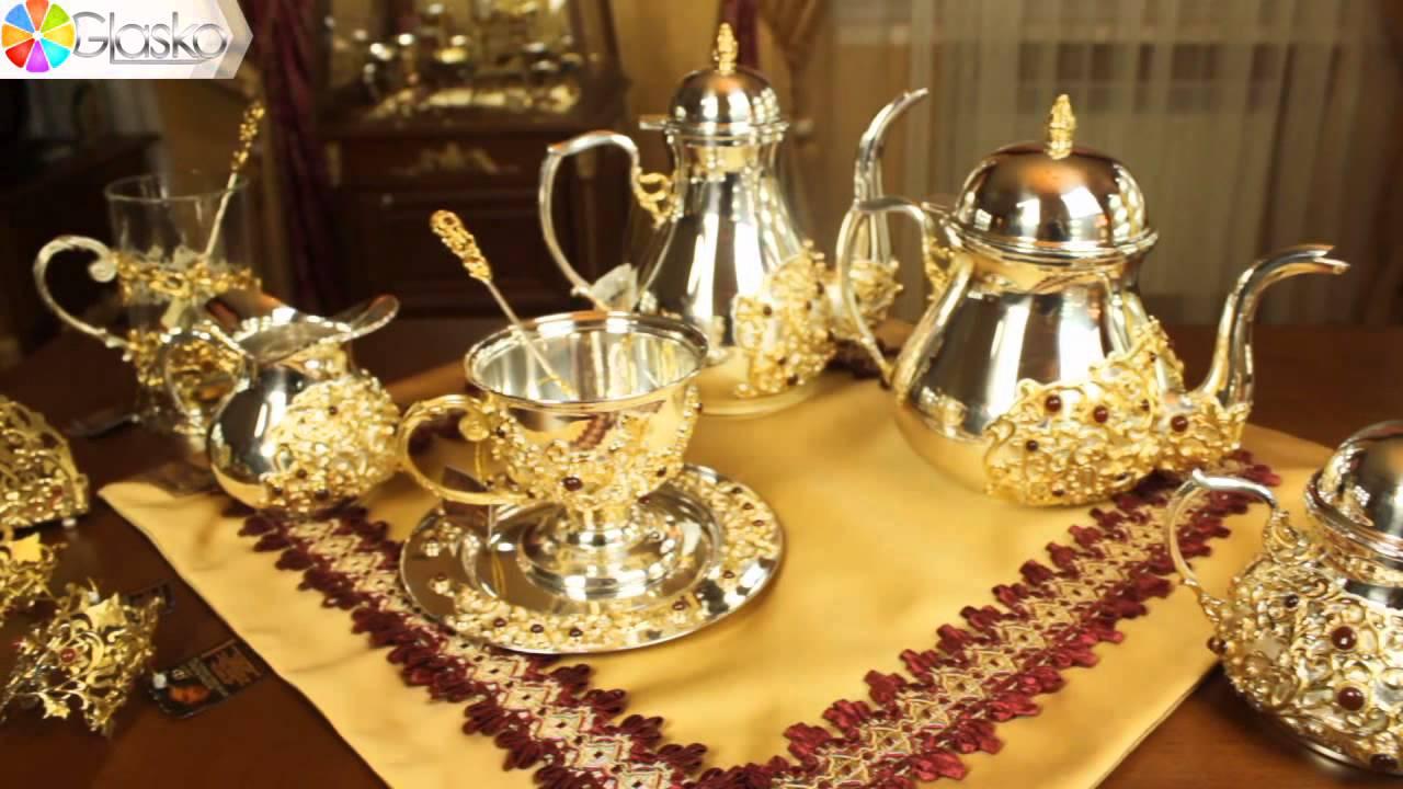 Интерсильверлайн — динамично развивающееся современное предприятие по производству столового серебра. Компания выпускает популярные наборы столового серебра, а также большой ассортимент детских чайных ложек и детской серебряной посуды, серебряные подстаканники и другие.