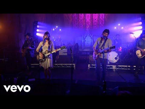 Angus & Julia Stone - A Heartbreak (Milk Live At The Chapel)