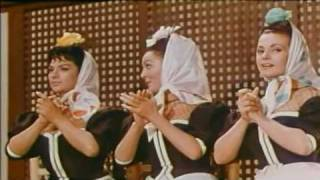 Paquita Rico, Lola Flores y Carmen Sevilla - Ay Que Calor