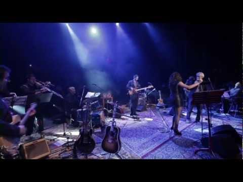 Natali Dizdar feat. Darko Rundek - Mjesecu je dosadno (ZKM Live)