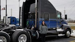 New truck for Christmas (Trucking vlog #30)