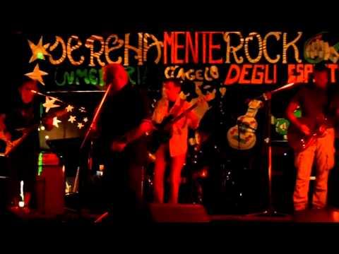 DSCN9762 live Underbridge Gino Selva alla voce a Serenamente Rock 2013 Bologna by MVaccari