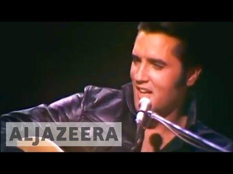 Fans mark 40 years since death of Elvis Presley