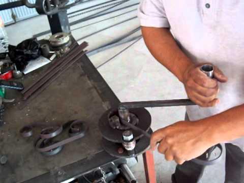 Creamex jrj dobladora manual de caracoles de solera youtube for Como hacer una puerta de metal
