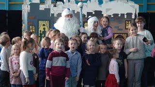 За сприяння Руслана Годованого до  Чуднівської школи завітав ляльковий театр з новорічною виставою.