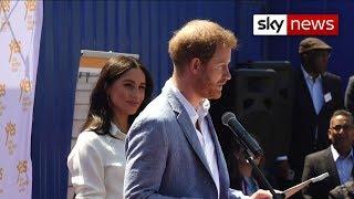 Prins Harry klaagt roddelbladen aan na hacken telefoon