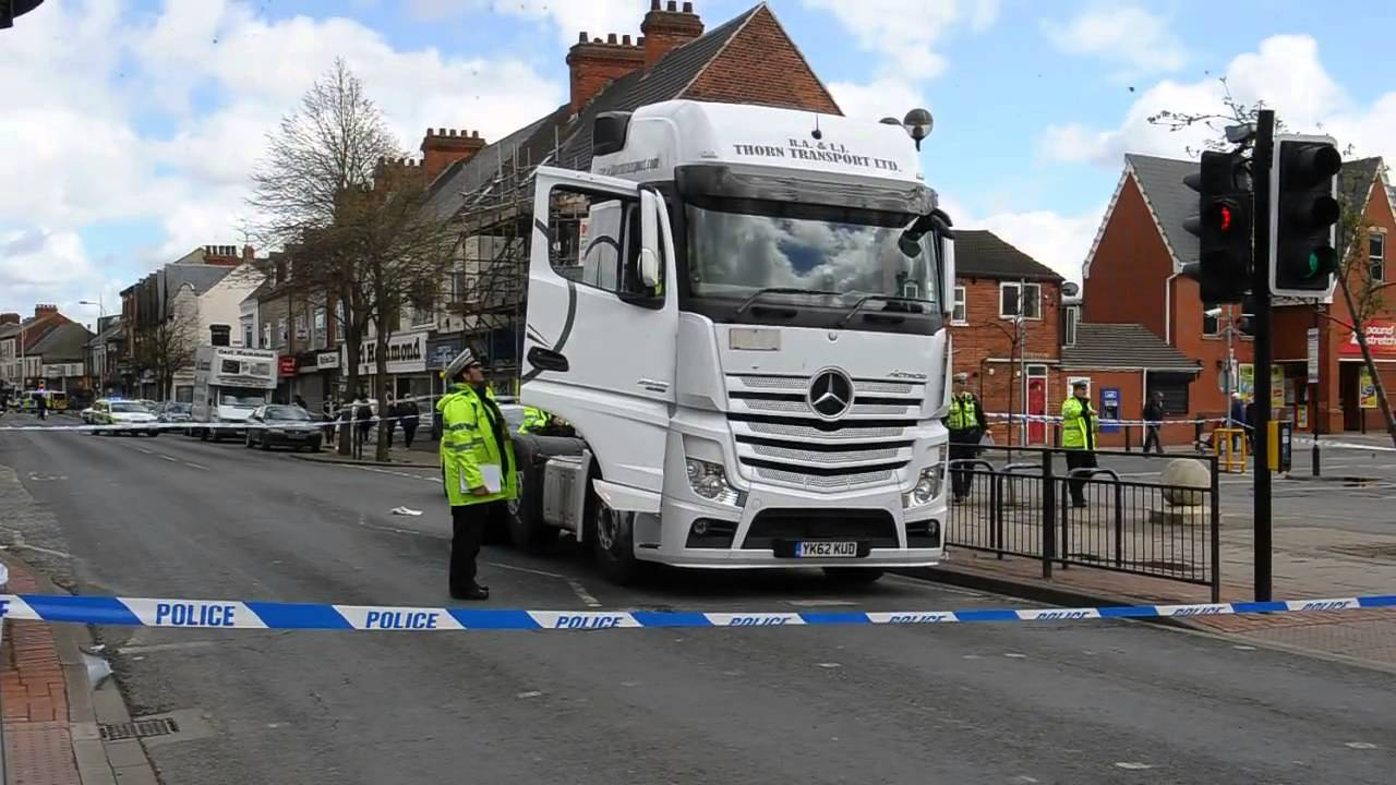 Scene of fatal accident in Hessle Road, west Hull
