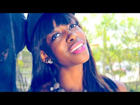 Alexia Caetano - Im Happy (Video Oficial)