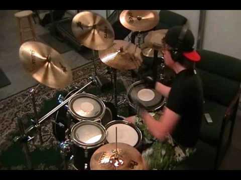 """Cryin' Like A Bitch!!"" - Godsmack (drum cover)"