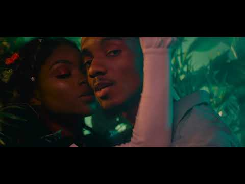 Fasina ft. Minz - Freaky [Official Music Video]