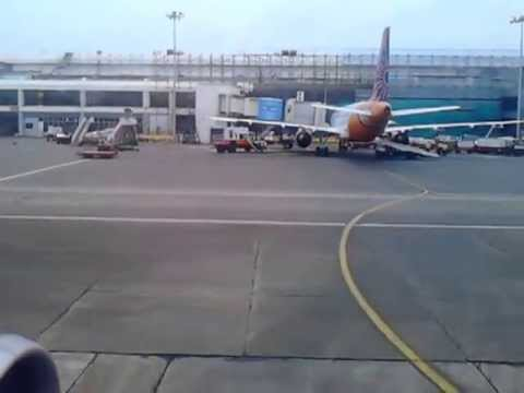 Go air landing at Mumbai airport