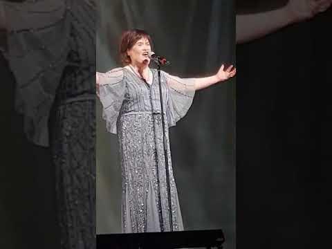 Susan Boyle  in rpool  I Dreamed A Dream  Feb 11, 2018