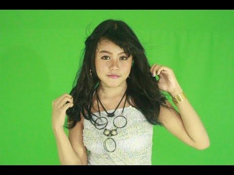 Ghina aurel kedap-kedip official vidio