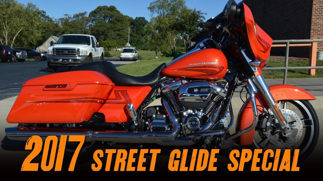 Harley Davidson Street Glide Special Laguna Orange