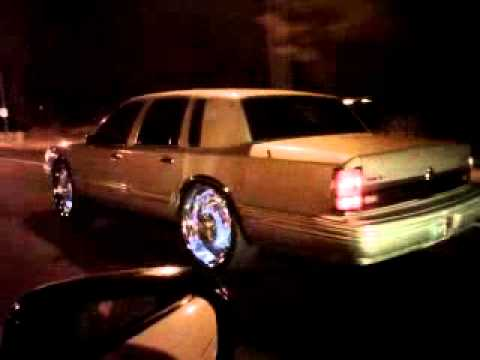Led Rims 24 Lincoln Towncar Youtube