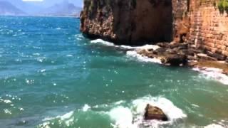 Шооок в Черном море увидели живую русалку(, 2016-01-23T14:41:09.000Z)
