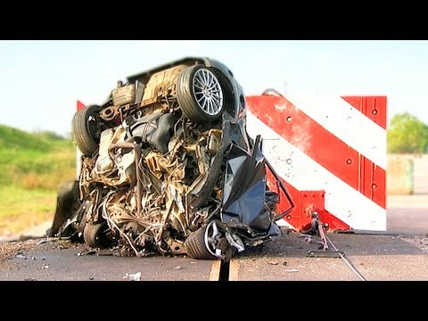 120mph Mega Crash! - Fifth Gear