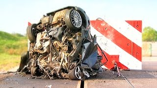 120mph Mega Crash! - Fifth Gear(The world's fastest ever crash test -- just how big are the forces involved and how much of a family car is left after it crashes at a speed not uncommon on British ..., 2014-06-17T15:23:21.000Z)