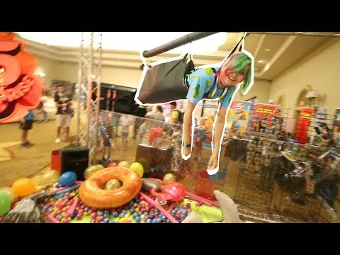 HUMAN CLAW MACHINE CHALLENGE