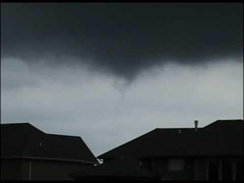 8/10/2009 Lee's Summit Longview Area Tornado Scare