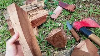 Нож топор и дерево