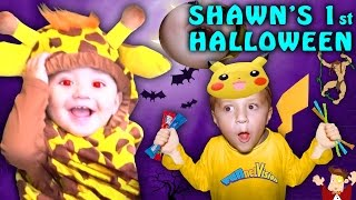 SHAWN'S FIRST HALLOWEEN! (FUNnel Vision Family Costume Vlog) 2016