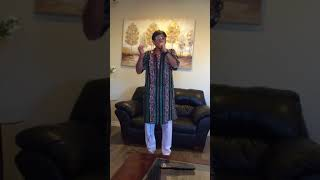 Amaro Parano Jaha Chay ( karaoke cover)
