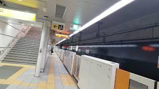 仙台市営地下鉄東西線 大町西公園駅から荒井行き電車が発車!