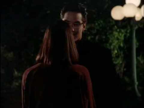 L&C - 3x01 Who's asking, Clark or Superman