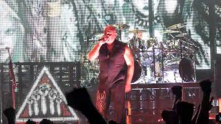 Disturbed - Ten Thousand Fists LIVE (Taste Of Chaos 2010) @ Wembley Arena 8-12-2010