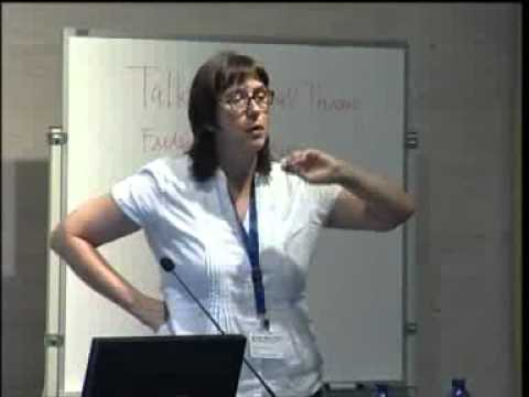Undertaking critical sociolinguistic research: Methods, theory and analysis - Melissa MOYER