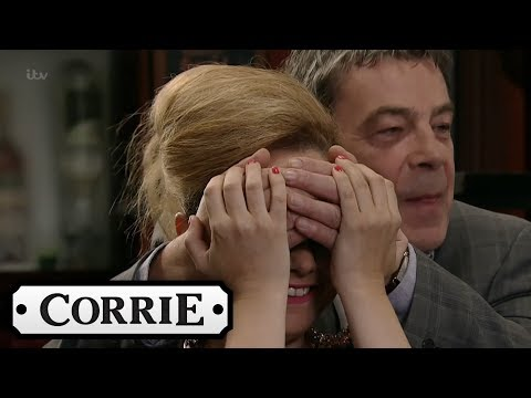 Coronation Street - The New Rovers Is Revealed