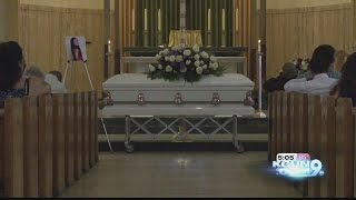 """""""I want her back."""" Funeral held for 13-year-old girl found in desert"""