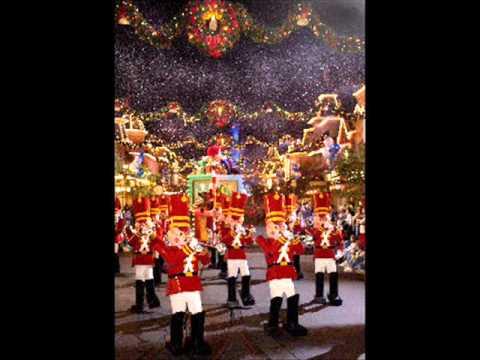 Mickey's Very Merry Christmas Parade Music (1/2)