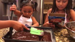 HAPPY BIRTHDAY ALYSSA! | Baking with kids