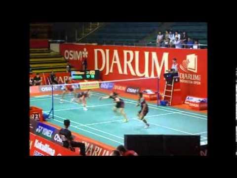 Markis Kido / Pia Zebadiah vs Chen Hung...