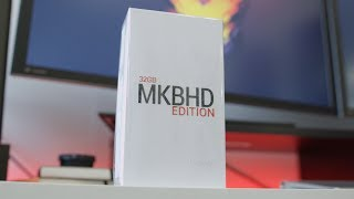Giveaway: MKBHD Edition Nexus 5! [CLOSED]