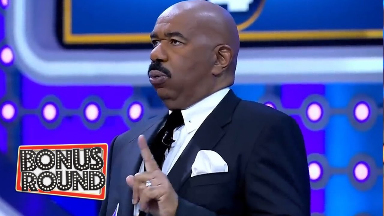 THIS SHOULD BE THE FUNNIEST ROUND OF FAMILY FEUD EVER! Comedians VS Comedians with Steve Harvey!