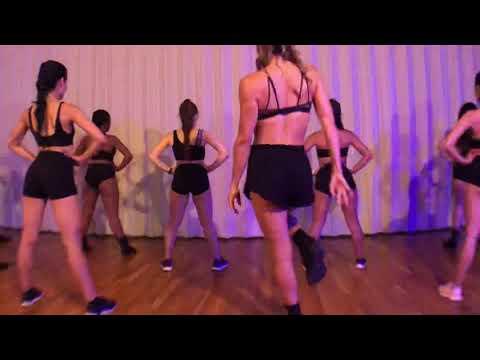 Bellacoso Coreografia- Residente -Bad Bunnie