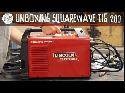 Lincoln Electric Squarewave TIG 200 Unboxing
