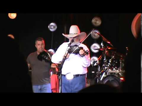 Charlie Daniels LIVE at Mill Town Music Hall in Bremen GA 5-9-15 (Devil Went Down To Georgia)