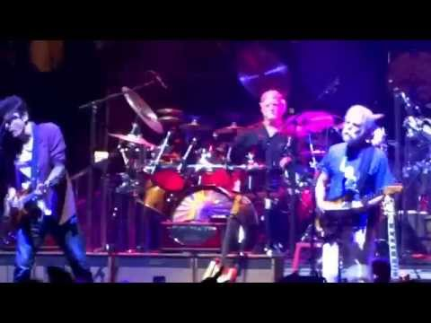 Scarlet Begonias Into Fire On The Mountain – Dead and Company 11/1/2015