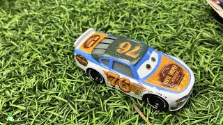 Rev Roadages Vinyl Toupee 76 Racer Diecast Family Fun Day NEW DISNEY CARS 3 TOY UNBOXING