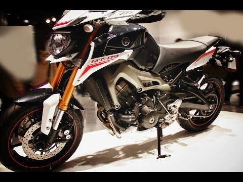 yamaha mt 09 street rally youtube. Black Bedroom Furniture Sets. Home Design Ideas